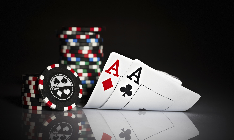 Tips untuk Pemain saat bermain Poker untuk Uang Riil